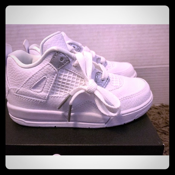 55c41e915ac5 Air Jordan Retro 4 Pure Money